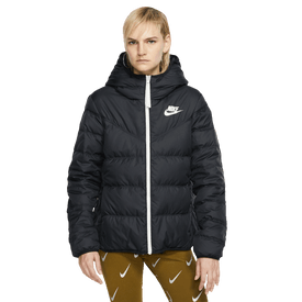 Chamarra-Nike-939438-011Negro